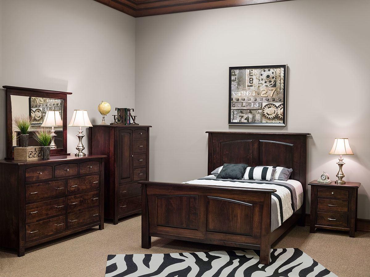 Mondovi Room Setting